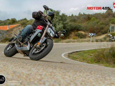 Prueba-Zontes-310-V-custom-MotorADN-1